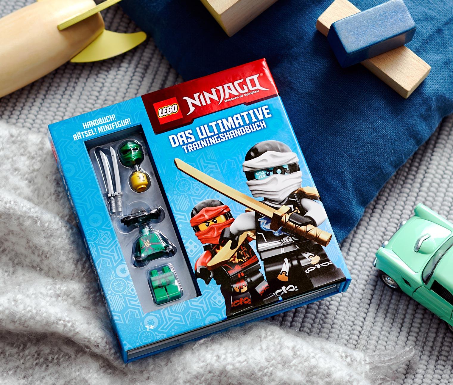 Image of Box »LEGO® NINJAGO® – das ultimative Trainingshandbuch mit Minifigur«