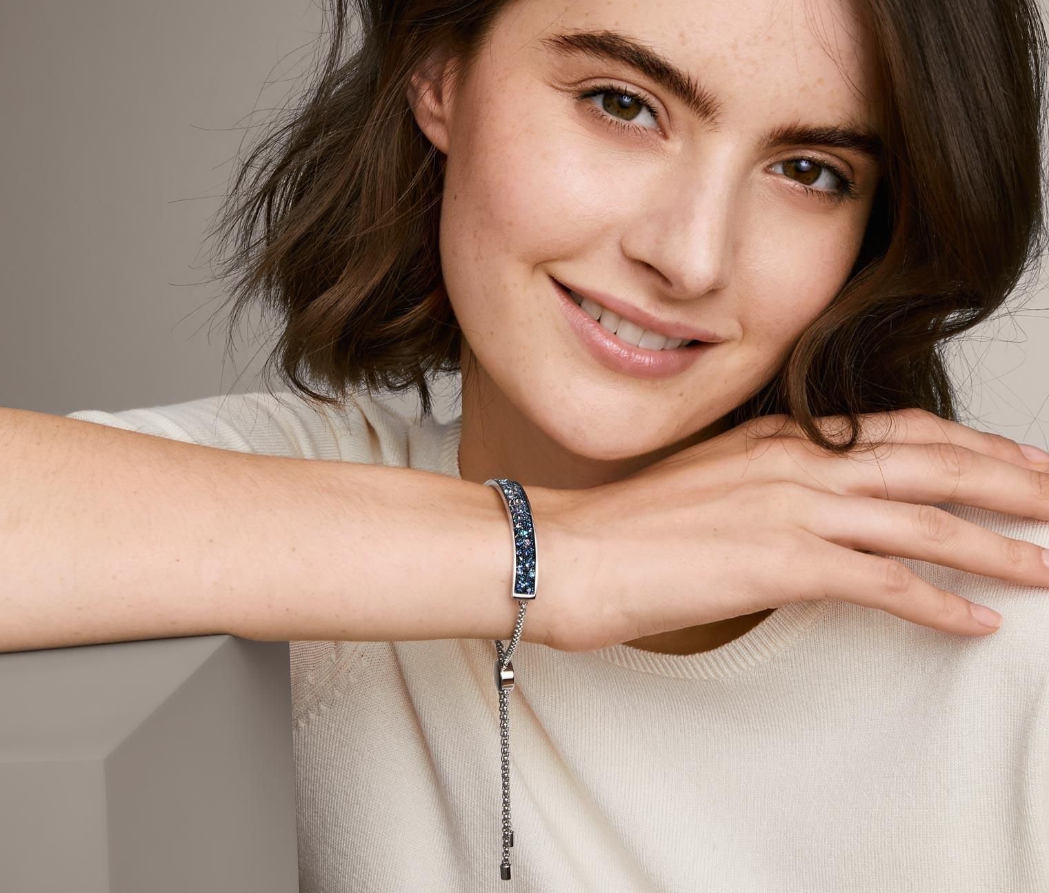 Image of Armband mit funkelnder Kristalleinlage