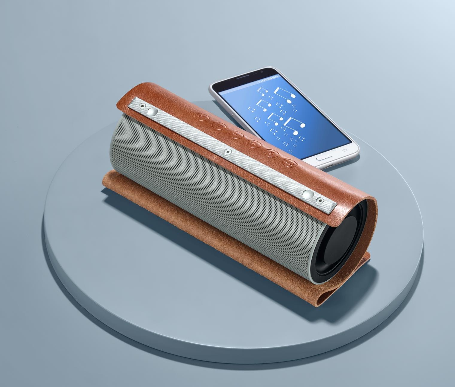 Vintage-Bluetooth®-Lautsprecher mit Kunstlederhülle